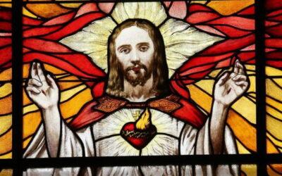 Oramos unidos, aunque no estemos juntos. Viernes de la décima semana del Tiempo Ordinario. El Sagrado Corazón de Jesús