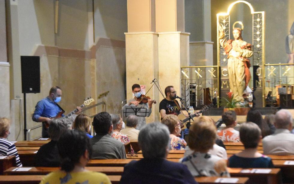 Vigilia de Pentecostés en la parroquia