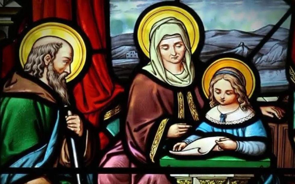 Oramos unidos, aunque no estemos juntos. 26 de julio. Lunes de la decimoséptima semana del Tiempo Ordinario. San Joaquín y santa Ana